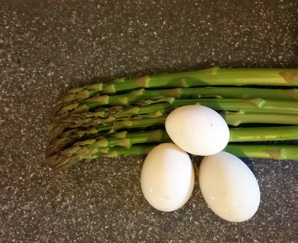 Asparagus and Eggs!