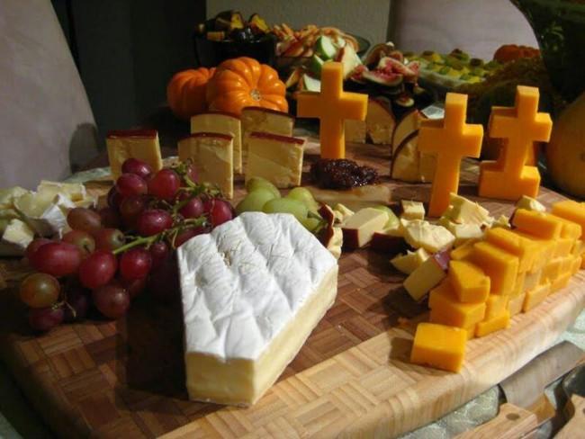 Halloween_cheese_plate
