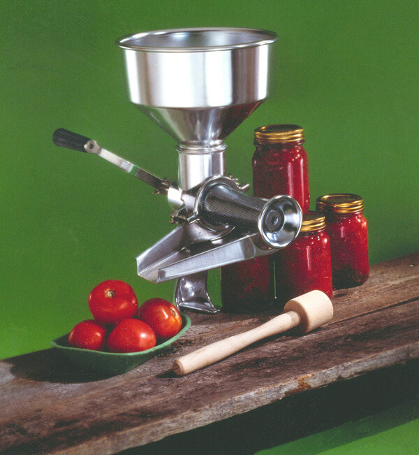 Juicers, Food Mills, Strainers