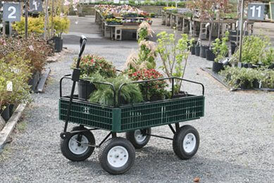 Yard Carts & Wagons